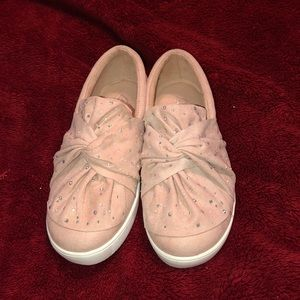 Girls Pink suede loafers